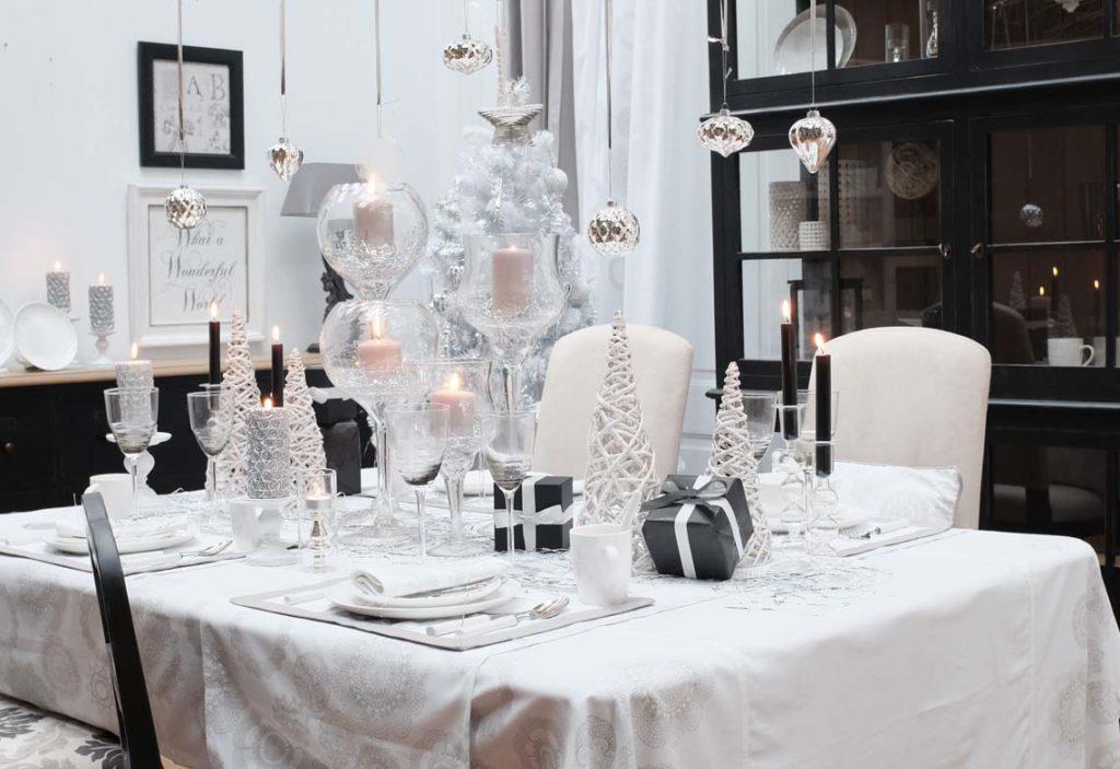Table de Noël : décoration Flocons et Dentelles Interior's