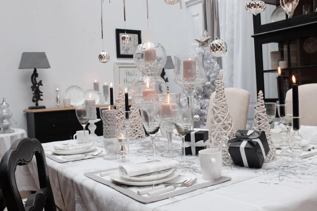 Table de décoration de Noël Flocons et Dentelles Interior's