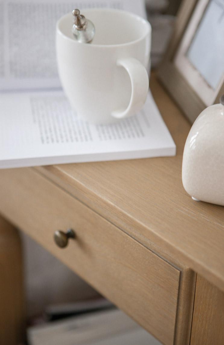 comment r parer une rayure une t che ou un impact sur vos meubles en bois le blog d 39 interior 39 s. Black Bedroom Furniture Sets. Home Design Ideas