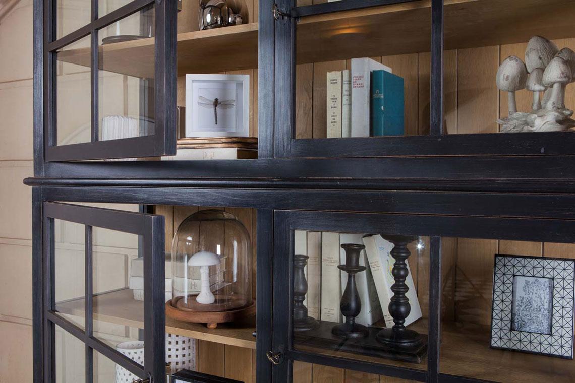 Décoration cabinet de curiosités par Interior's