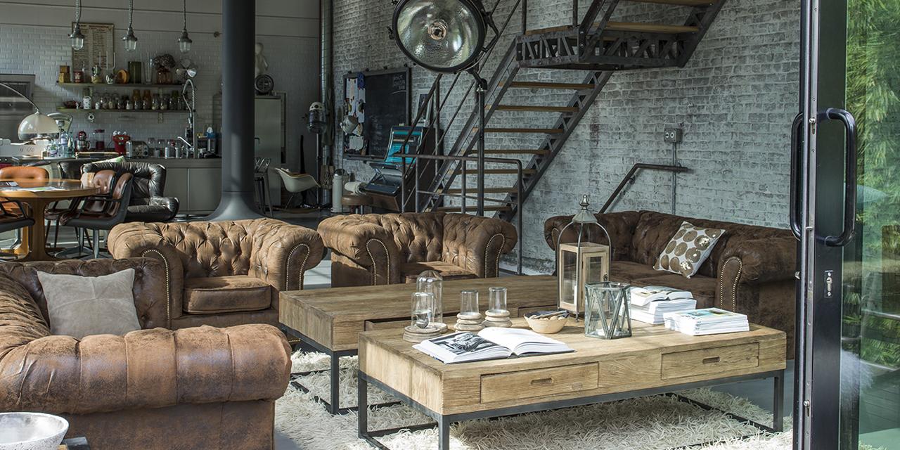 vue d'un loft à la décoration industrielle