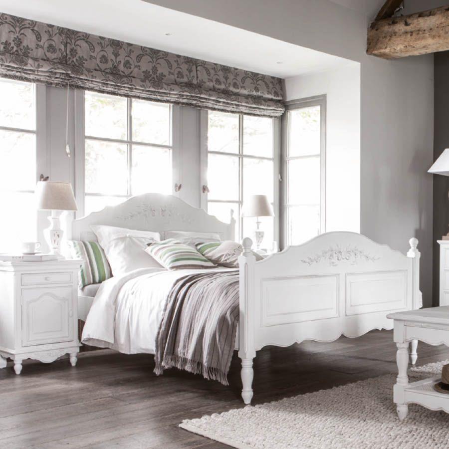 lit 140x190 cm avec sommier lattes blanc interior 39 s. Black Bedroom Furniture Sets. Home Design Ideas