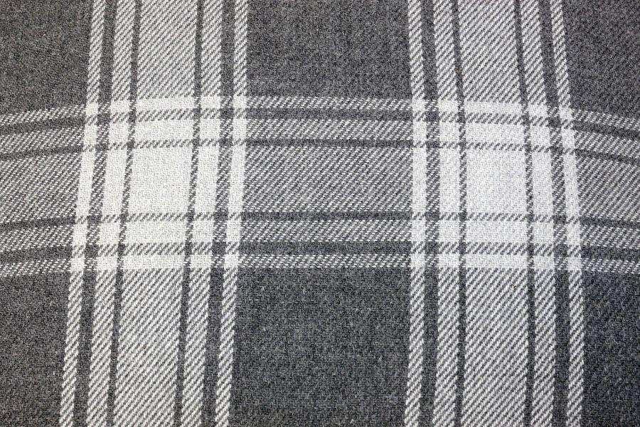 plaid en coton 130x170 gris interior 39 s. Black Bedroom Furniture Sets. Home Design Ideas