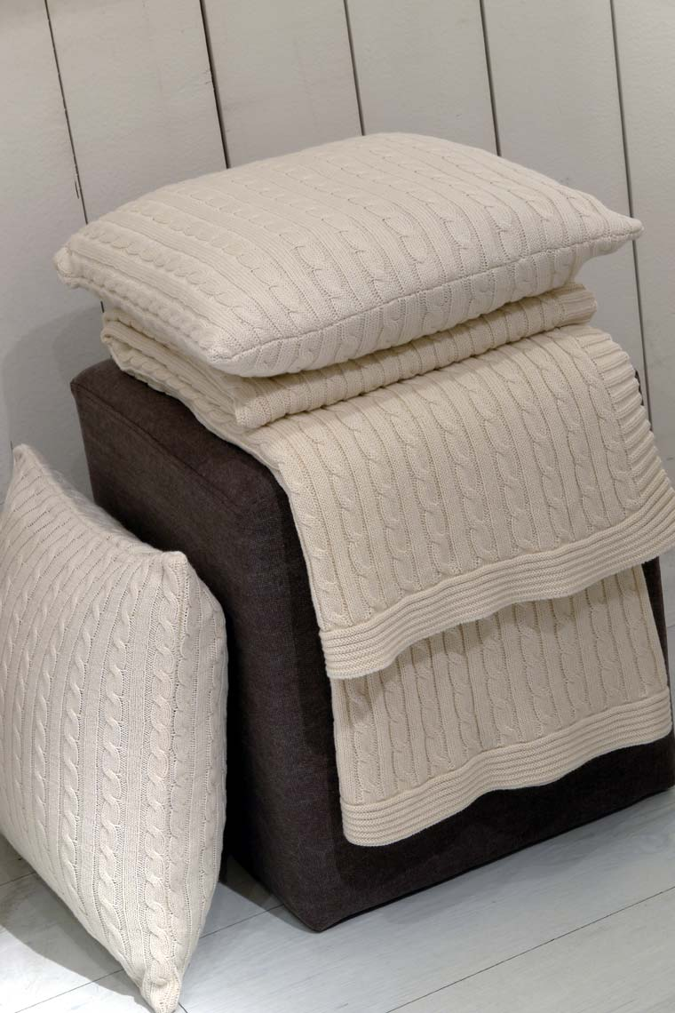 housses de coussins en coton 40x40 lot de 2 beige interior 39 s. Black Bedroom Furniture Sets. Home Design Ideas