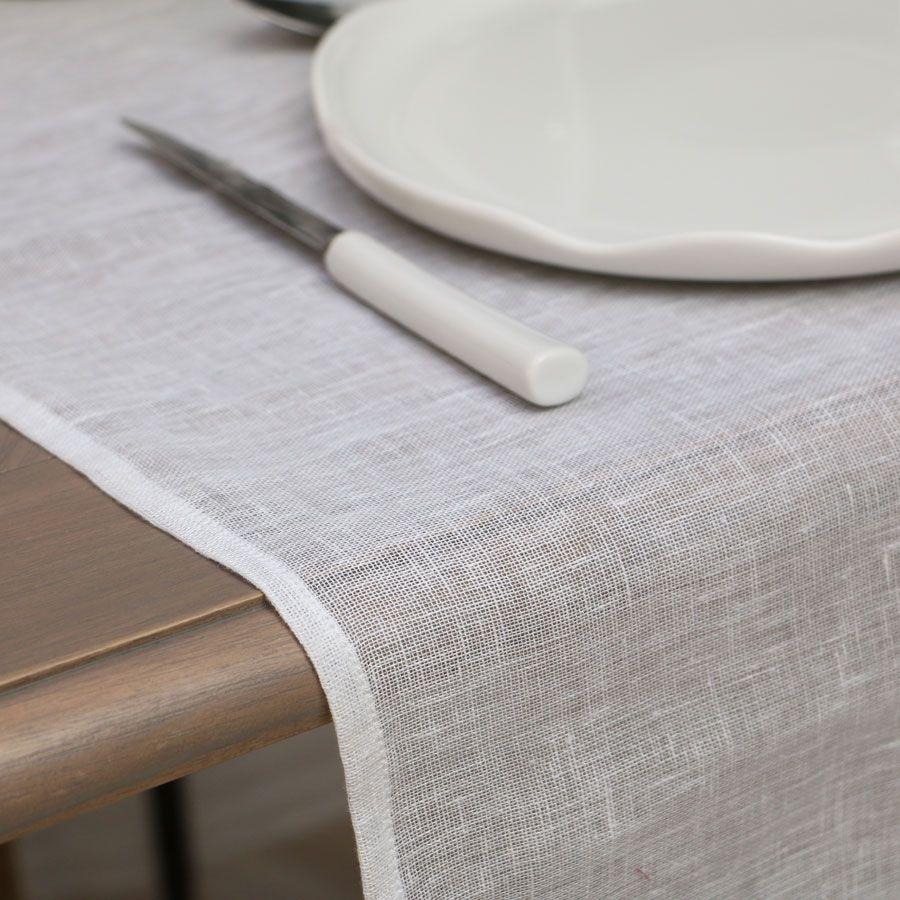 chemin de table en gaze de lin 180x50 blanc interior 39 s. Black Bedroom Furniture Sets. Home Design Ideas