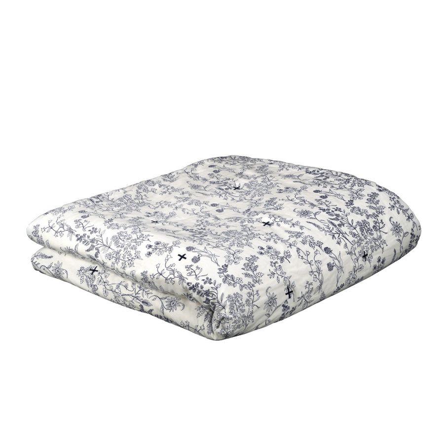 boutis r versible en coton et lin 240x260 blanc interior 39 s. Black Bedroom Furniture Sets. Home Design Ideas