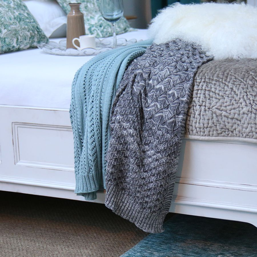 plaid en coton 130x170 bleu interior 39 s. Black Bedroom Furniture Sets. Home Design Ideas