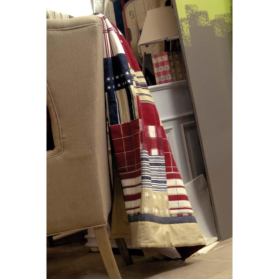 boutis en coton 140x200 rouge interior 39 s. Black Bedroom Furniture Sets. Home Design Ideas