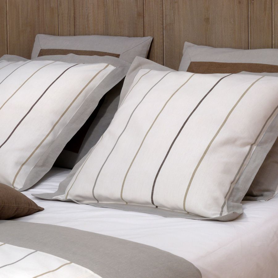 housse de coussin en coton et lin 60x60 blanc interior 39 s. Black Bedroom Furniture Sets. Home Design Ideas