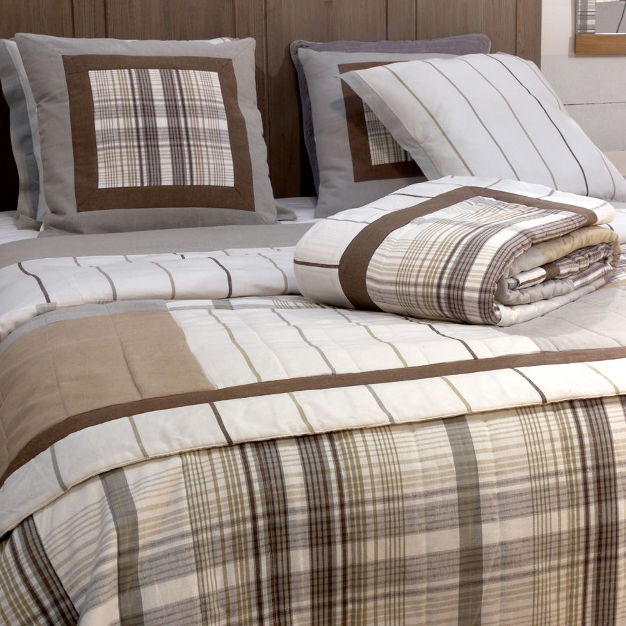 boutis en coton et lin 220x250 blanc interior 39 s. Black Bedroom Furniture Sets. Home Design Ideas