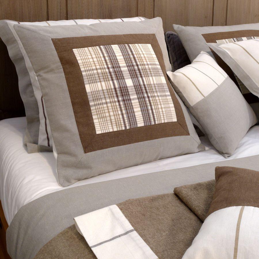 housse de coussin en coton et lin 60x60 bleu interior 39 s. Black Bedroom Furniture Sets. Home Design Ideas