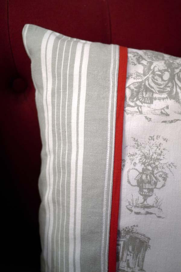 housse de coussin en coton et lin 50x70 gris interior 39 s. Black Bedroom Furniture Sets. Home Design Ideas