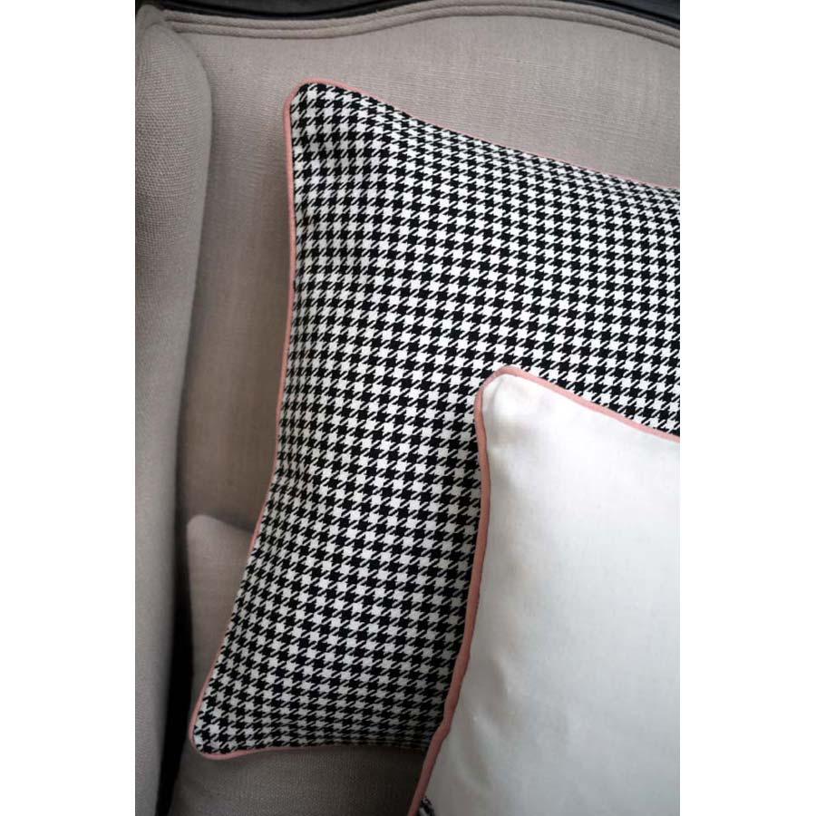 housse de coussin en coton et lin 40x40 noir interior 39 s. Black Bedroom Furniture Sets. Home Design Ideas