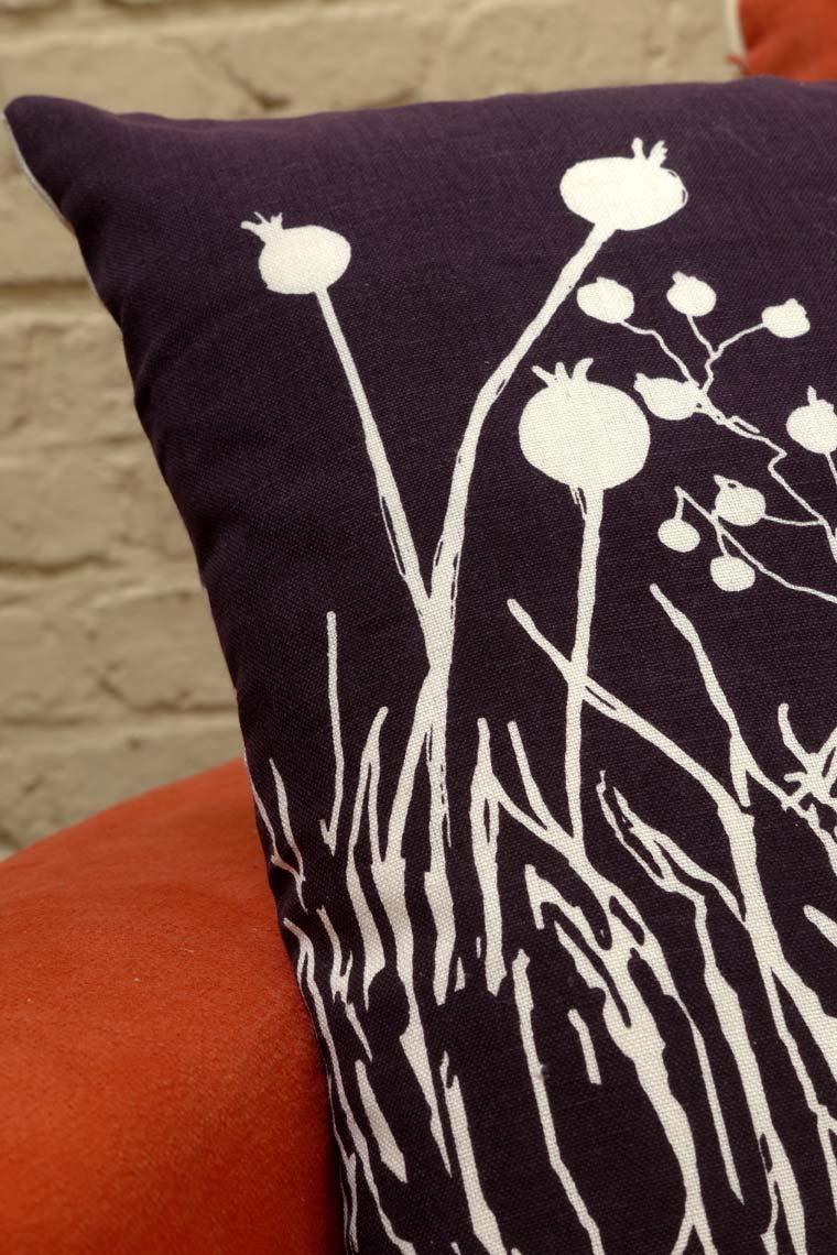 housse de coussin en coton et lin 40x40 violet interior 39 s. Black Bedroom Furniture Sets. Home Design Ideas
