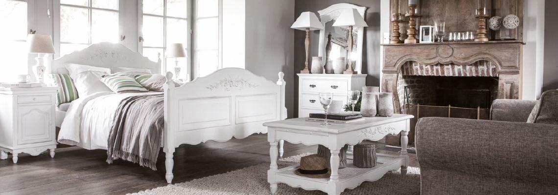 COLLECTION ROMANCE BLANC VIEILLI - Interior\'s : Meubles en ...