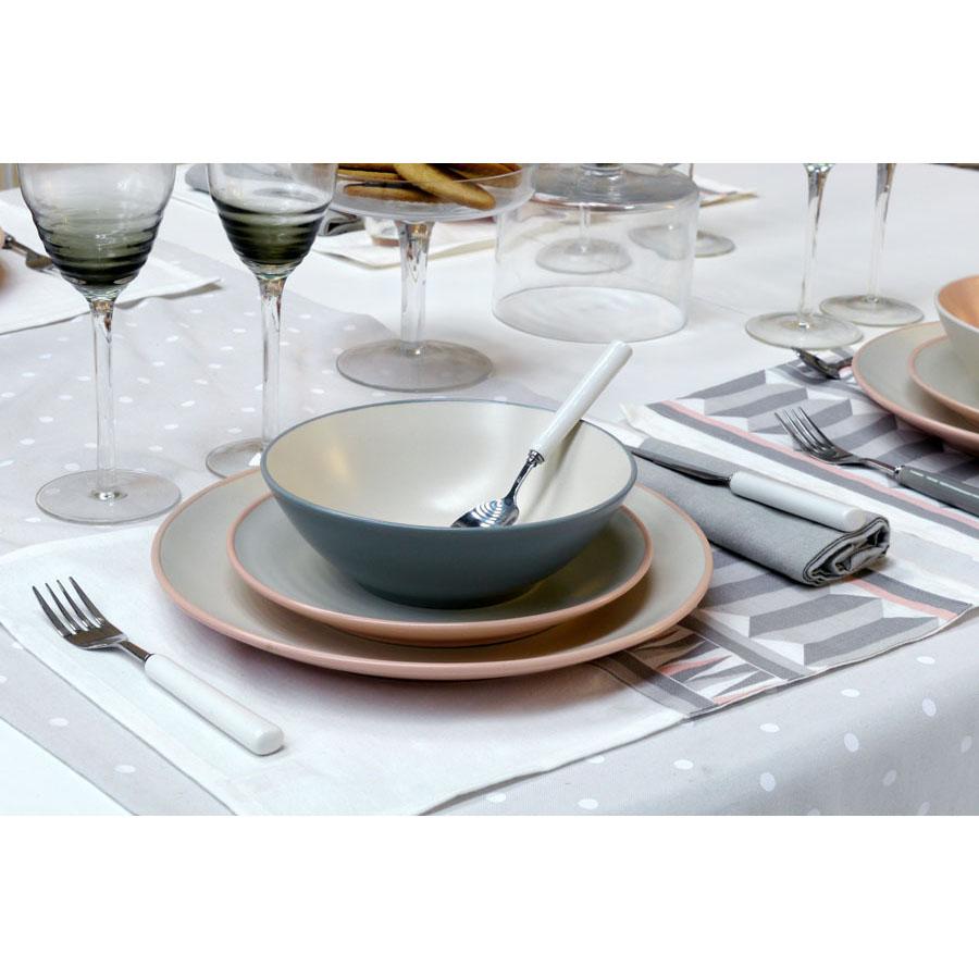 assiettes plates en gr s lot de 4 blanc interior 39 s. Black Bedroom Furniture Sets. Home Design Ideas