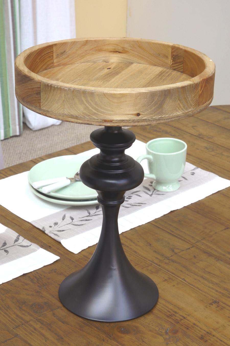 plateau sur pied en bois et m tal noir interior 39 s. Black Bedroom Furniture Sets. Home Design Ideas